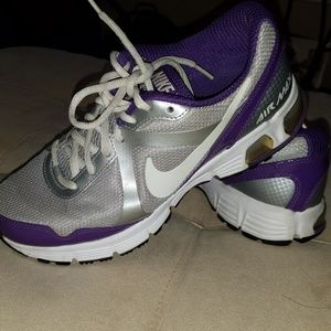 Womens NIKE AIR MAX Gray Purple Running Shoes
